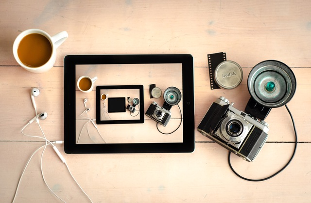 camera tablet coffee table