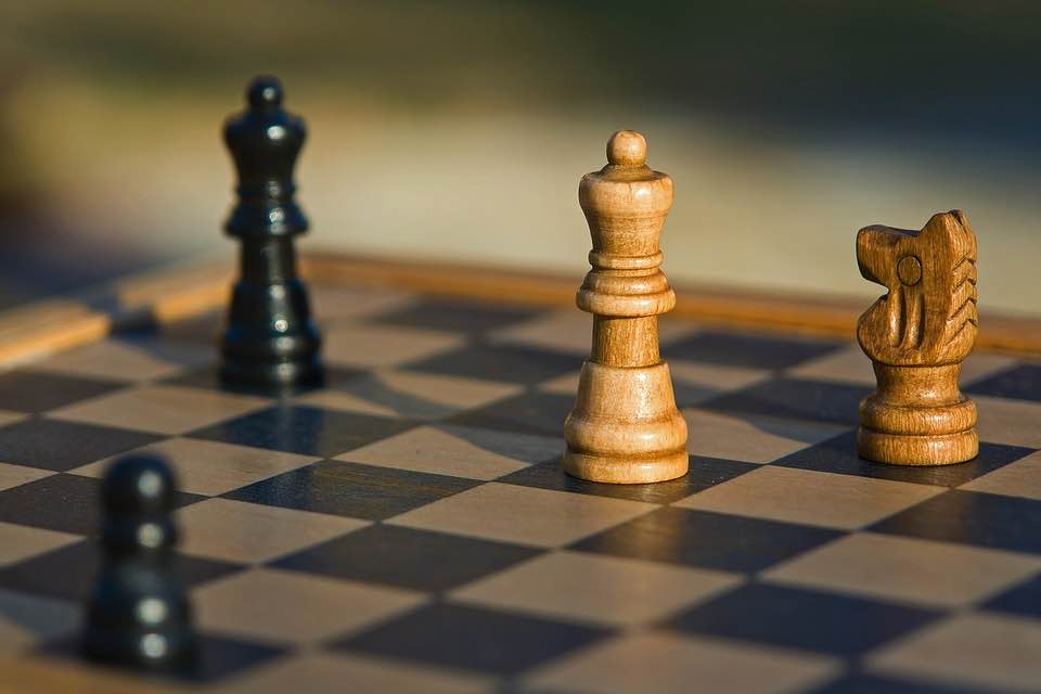 marketing-chess-game-competition